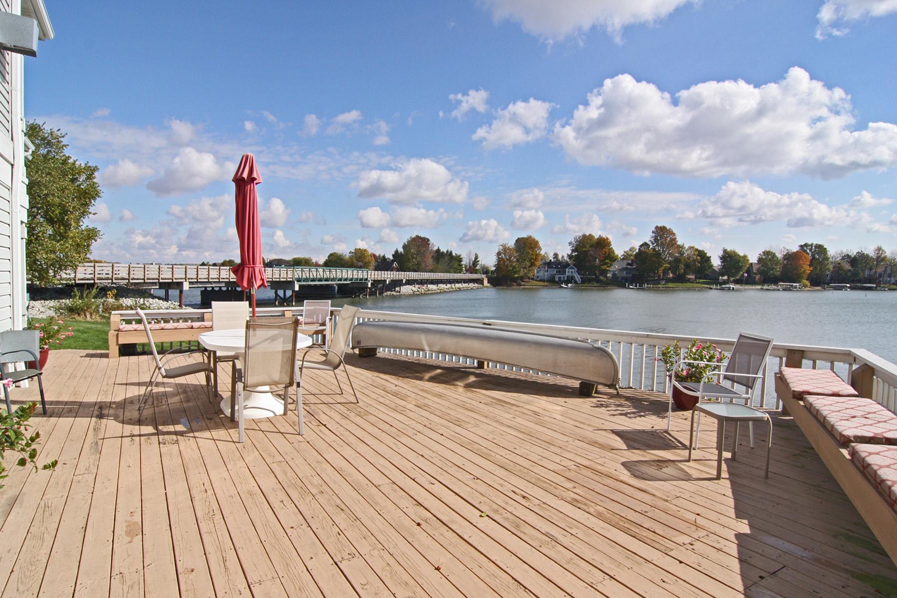 Oversized Deck Overlooking Morse Lake